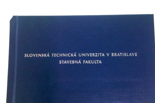viazanie diplomoviek nitra modry obal strieborne pismo